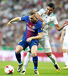 Real Madrid's Carlos Henrique Casemiro (r) and FC Barcelona's Gerard Deulofeu during Supercup of Spain 2nd match. August 16,2017. (ALTERPHOTOS/Acero)