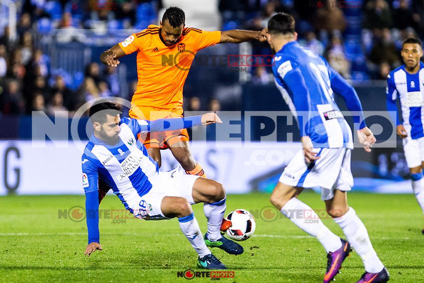 "Club Deportivo Leganes's Pablo Insua and Valencia's Nani Almeida during the match of ""Copa del Rey"" between CD Leganes and Valencia CF at Butarque Stadium in Leganes, Spain. November 29, 2016. (ALTERPHOTOS/Rodrigo Jimenez) /NORTEPHOTO.COM"