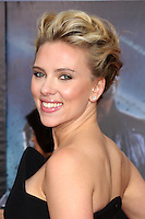 """LOS ANGELES - APR 11:  Scarlett Johansson arrives at """"The Avengers"""" Premiere at El Capitan Theater on April 11, 2012 in Los Angeles, CA"""
