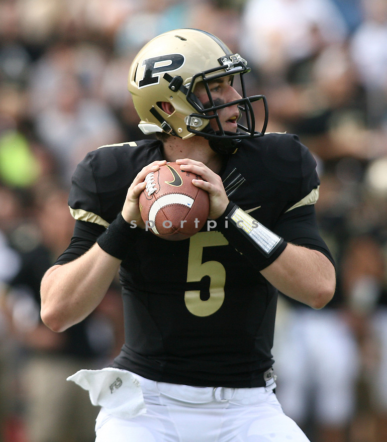 Purdue Boilermakers Danny Etling (5) during a game against the Northern Illinois Huskies on September 28, 2013 at Ross-Ade Stadium in West Lafayette, IN. NIU beat Purdue 55-24.
