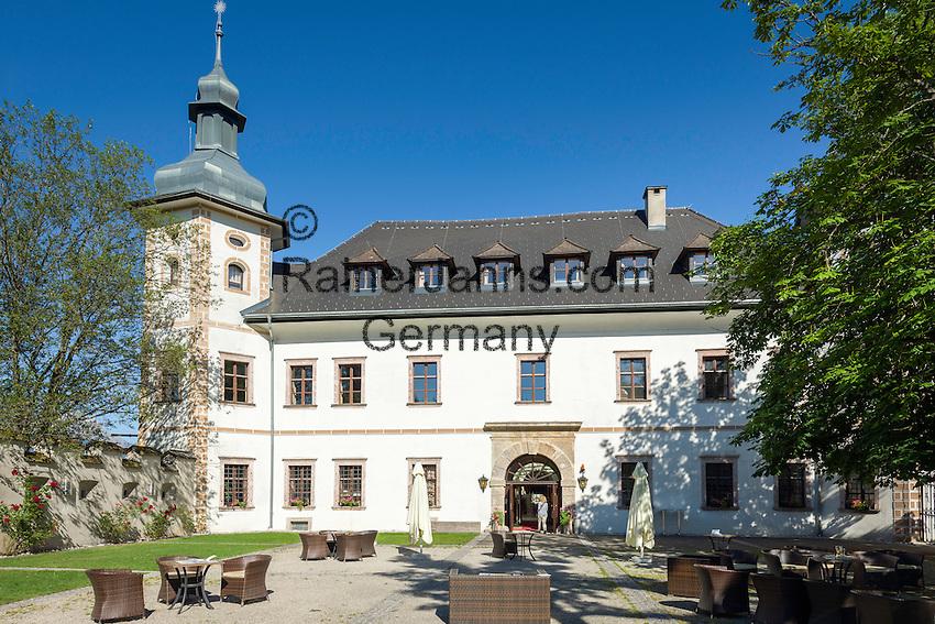 Austria, Styria, Admont: Youth hostel and family guesthouse Castle Roethelstein | Oesterreich, Steiermark, Admont: Jugend- und Familiengaestehaus Schloss Roethelstein