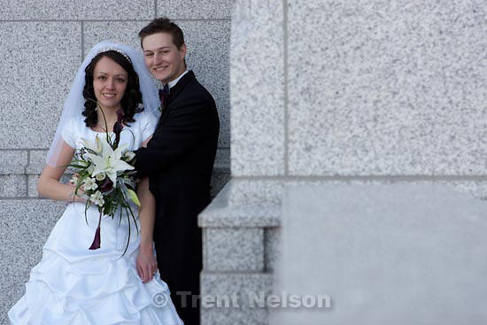 Trent Nelson  |  The Salt Lake Tribune.Draper - Jacob Ovard wedding at LDS temple. Friday, November 20, 2009.