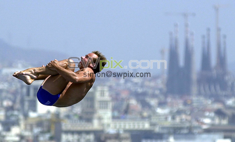 Pix: Matthew Lewis/SWpix.com. Diving. 10th Fina World Championships 2003, Barcelona. 19/07/2003...COPYRIGHT PICTURE>>SIMON WILKINSON>>01943 436649>>..Great Britain's Peter Waterfield competes in the Mens 10m Platform Preliminary's.