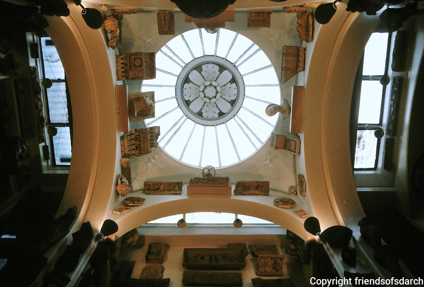 Sir John Soanes: Sir John Soane's Museum, London. Skylight in Museum.