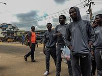 160 nigerianische Migranten kamen am 12.7.2018 aus Libyen in Lagos, Nigeria an. Unter ihnen Isaac U. (29) aus Lagos, mitte, am Tag nach der Ankunft