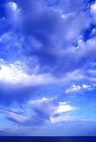 Sky,seascapes,dramatic,sun rises,sun sets,clouds
