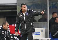 Trainer Alois Schwartz(Karlsruher SC) - 04.10.2019: SV Darmstadt 98 vs. Karlsruher SC, Stadion am Boellenfalltor, 2. Bundesliga<br /> <br /> DISCLAIMER: <br /> DFL regulations prohibit any use of photographs as image sequences and/or quasi-video.