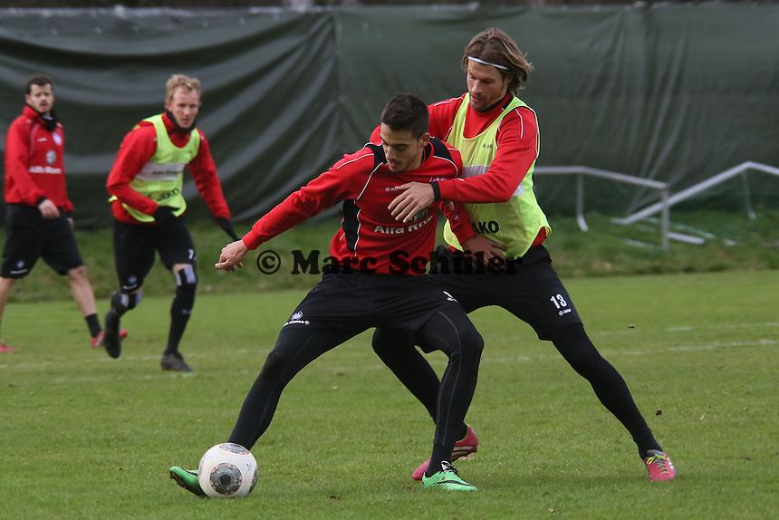 Joselu gegen Martin Lanig (Eintracht)