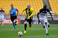 Wellington Phoenix&rsquo; Adam Parkhouse and Melbourne Victory&rsquo;s Thomas Deng in action during the A League - Wellington Phoenix v Melbourne Victory FC at Westpac Stadium, Wellington, New Zealand on Sunday 3 December.<br /> Photo by Masanori Udagawa. <br /> www.photowellington.photoshelter.com