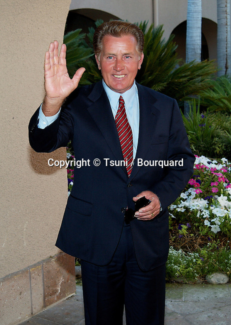 Martin Sheen arriving at the All-Star Party for the new season of NBC at the Ritz Carlton in Pasadena, Los Angeles. July 24, 2002.           -            SheenMartin01.jpg