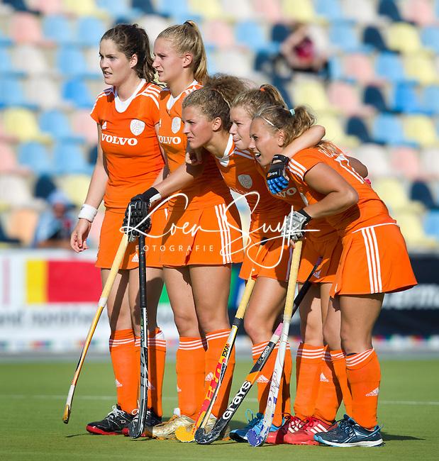MONCHENGLADBACH - Spanning tijdens de shoot-out. Jong Oranje dames wint zondag in Monchengladbach de wereldtitel door de finale van het het WK-21 van  Argentinie te winnen. Het Nederlands hockeyteam wint na 1-1 de shout-outs. Foto Koen Suyk
