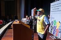 SÃO PAULO, SP, 26.07.2016 - ASSEMBLÉIA-TRABALHADORES - Diversas centrais sindicais como a Força Sindical, a CUT, a AGT, e os presidentes Paulinho da Força e Wagner Freitas (CUT) durante da Assembléia Nacional dos Trabalhadores e das Trabalhadoras Pelo Emprego e Garantia dos Direitos, contra o desemprego e a a redução dos direitos trabalhistas no Espaço Hakka no bairro da Liberdade no centro da cidade de São Paulo nesta terça-feira 26. (Foto: Gabriel Soares/Brazil Photo Press)