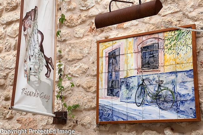 Richard Gago Art Gallery in Sineu, Majorca, Spain