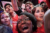 Meeting de François Hollande, candidat du Parti socialiste à la présidentielle 2012, au palais omnisport de Paris Bercy. Dimanche 29 avril 2012 - 2012©Jean-Claude Coutausse / french-politics pour Le Monde