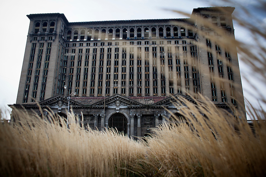"""Detroit, Michigan, USA. The former central train station buildt in 1912. Detroit used to be refered to as """"the Paris of the mid-west"""" well known for it's architecture. Most of it is now abbandoned and dangerous to enter due to the bad state of the structures. The state of Michigan once was concidered a promised land, in the era of the american automobile industry adventure. Due to the financial crisis, the state is on the brink of economic and social colapse. Fifty years ago, the city of Detroit was home of two million residents. In 2012 only 700.000 residents remain, and 87 percent of the remaining residents are African Americans. The gap between rich and poor in Detroit are as great as in the Philipines. Photo: Christopher Olssøn."""