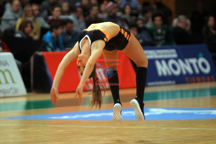 League ACB-Endesa 2015-2016. Game: 16.<br /> FIATC Joventut vs Laboral Kutxa Baskonia: 68-89.<br /> FitLab Dancers.