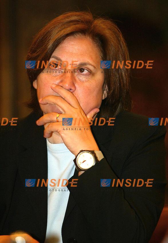 Roma 24/4/2003 Conferenza stampa presentazione concerto del primo maggio 2003. <br />  Lucia Annunzuiata presidente del CDA Rai