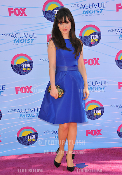 Zooey Deschanel at the 2012 Teen Choice Awards at the Gibson Amphitheatre, Universal City..July 23, 2012  Los Angeles, CA.Picture: Paul Smith / Featureflash