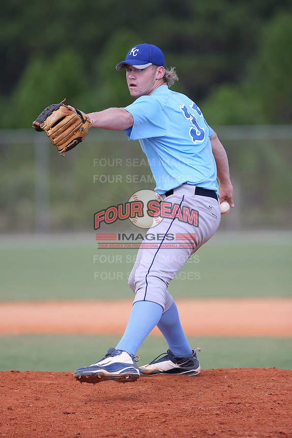 Kayden Porter participates in the World Wood Bat Classic at the Roger Dean Complex in Jupiter, Florida on October 22, 2010.  Photo By Stacy Jo Grant/Four Seam Images
