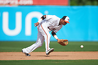 Bowie Baysox second baseman Garabez Rosa (2) fields a ground ball during the second game of a doubleheader against the Akron RubberDucks on June 5, 2016 at Prince George's Stadium in Bowie, Maryland.  Bowie defeated Akron 12-7.  (Mike Janes/Four Seam Images)