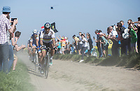 World Champion Peter Sagan (SVK/Bora Hansgrohe) leads the chase on the cobbles of sector 11: Mons-en-P&eacute;v&egrave;le<br /> <br /> 115th Paris-Roubaix 2017 (1.UWT)<br /> One day race: Compi&egrave;gne &gt; Roubaix (257km)`