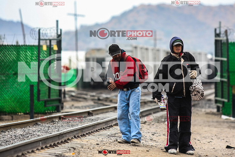 Migrants passing through Hermosillo, capital of Sonora Mexico. Photo: LuisGutierrez/NORTEPHOTO.COM<br />