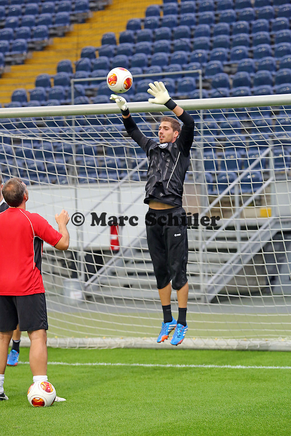 Kevin Trapp (Eintracht) - Eintracht Europa League Training