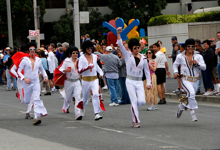 California, San Francisco: The Running Elvises in the annual Bay to Breakers run..Photo #: 31-casanf80775.Photo © Lee Foster 2008