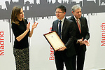 Queen Letizia of Spain with Tony Jin Yong, CEO of Huawei Spain,  during the presentation of the International Friendship Award. April 9, 2018. (ALTERPHOTOS/Acero)