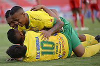 IBAGUE - COLOMBIA -30 -09-2016: Mateo Figoli, jugador de Atletico Huila celebra el gol anotado a Fortaleza C.E.I.F, durante partido entre Atletico Huila y Fortaleza C.E.I.F, por la fecha 15 de la Liga Aguila II 2016 en el estadio Manuel Murillo Toro de Ibague. / Mateo Figoli, player of Atletico Huila celebrates a goal scored to Fortaleza C.E.I.F, during a match between Atletico Huila and Fortaleza C.E.I.F, for the date 15 of the Liga Aguila II 2016 at the Manuel Murilo Toro Stadium in Ibague city. Photo: VizzorImage  / Juan C Escobar / Cont.