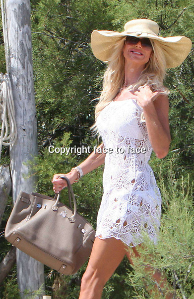 Swedish model Victoria Silvstedt spends some holiday in St. Tropez and visits Club 55. June 22th, 2013. Credit:Kirschner/face to face