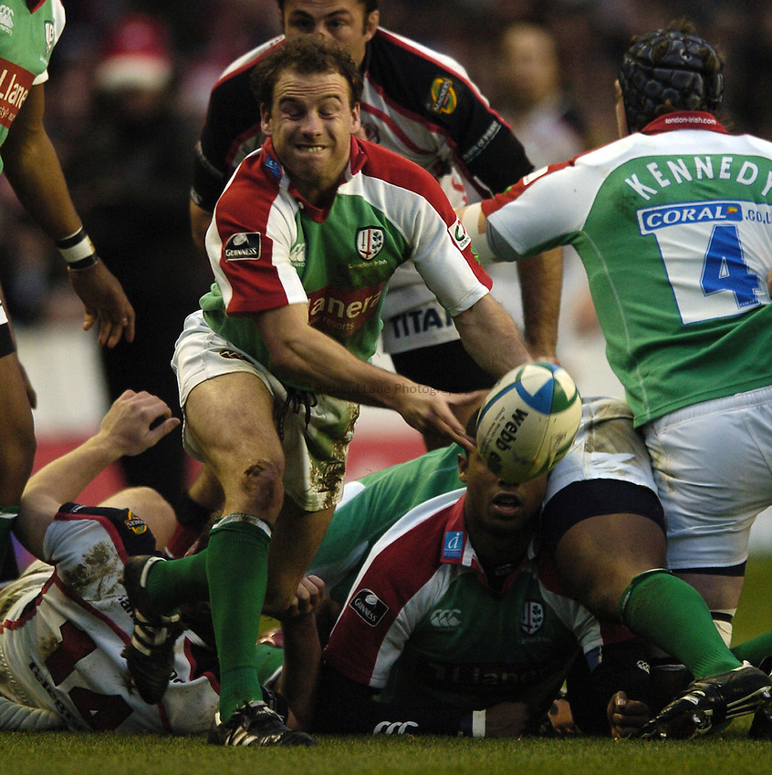 Photo: Jonathan Butler...London Irish v Ulster Rugby. Heineken Cup. 09/12/2006...Paul Hodgson of London Irish.
