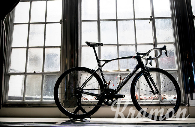 """FDJ LaPierre teambike on display<br /> <br /> Rouleur Classic London 2019<br /> """"The World's Finest Road Cycling Exhibition""""<br /> <br /> ©kramon"""