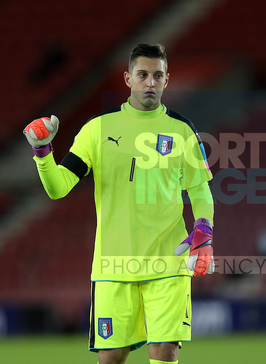 Italy's Pierluigi Gollini in action during the Under 21 International Friendly match at the St Mary's Stadium, Southampton. Picture date November 10th, 2016 Pic David Klein/Sportimage