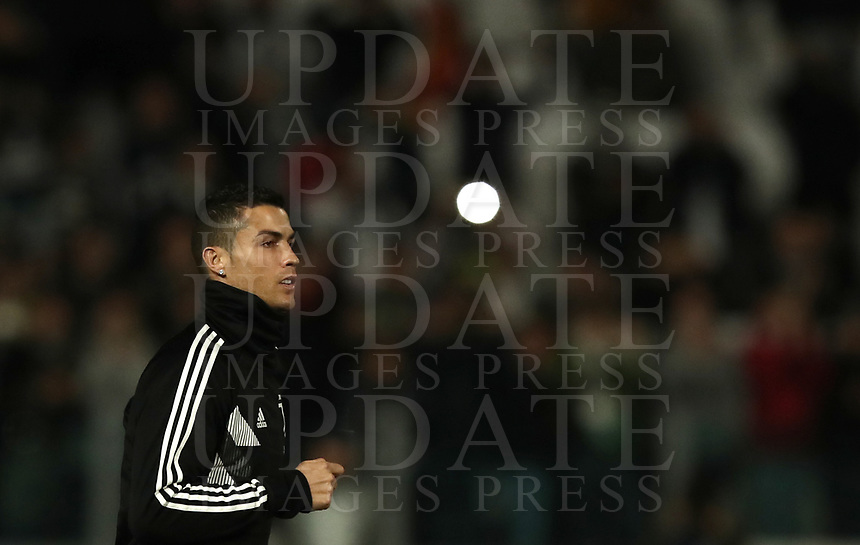 Football Soccer: UEFA Champions League -Group Stage-  Group H - Juventus vs Manchester United, Allianz Stadium. Turin, Italy, November 07, 2018.<br /> Juventus' Cristiano Ronaldo arrives on the pitch to warms up prior to the Uefa Champions League football soccer match between Juventus and Manchester United at Allianz Stadium in Turin, November 07, 2018.<br /> UPDATE IMAGES PRESS