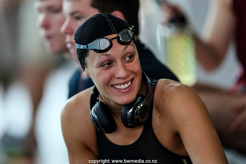 Sophie Pascoe during the Swimming NZ Open Championships, Owen G Glenn National Aquatic Centre, Auckland, New Zealand, Monday 3 April 2017. Photo: Simon Watts/www.bwmedia.co.nz