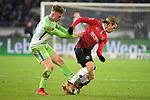 28.01.2018, HDI Arena, Hannover, GER, 1. Bundesliga, Hannover 96 - VfL Wolfsburg, im Bild (v.l.n.r.) Paul Verhaegh, Iver Fossum<br /> <br /> Foto &copy; nordphoto / Dominique Leppin