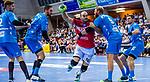 NIPPES, Kristian (#13 Bergischer HC) \SPAETH, Manuel (#9 TVB 1898 Stuttgart) \WEISS, Dominik (#6 TVB 1898 Stuttgart) \SCHIMMELBAUER, Tobias (#2 TVB 1898 Stuttgart) \+TVB77 beim Spiel in der Handball Bundesliga, TVB 1898 Stuttgart - Bergischer HC.<br /> <br /> Foto © PIX-Sportfotos *** Foto ist honorarpflichtig! *** Auf Anfrage in hoeherer Qualitaet/Aufloesung. Belegexemplar erbeten. Veroeffentlichung ausschliesslich fuer journalistisch-publizistische Zwecke. For editorial use only.