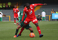 BOGOTA -COLOMBIA, 19-02-2017.Cristian Martinez Borja (R)  player of America de Cali fights the ball  agaisnt  of Fabian Vargas (L) player of La Equidad .Action game between  La Equidad and America de Cali during match for the date 4 of the Aguila League I 2017 played at Ne stadium . Photo:VizzorImage / Felipe Caicedo  / Staff