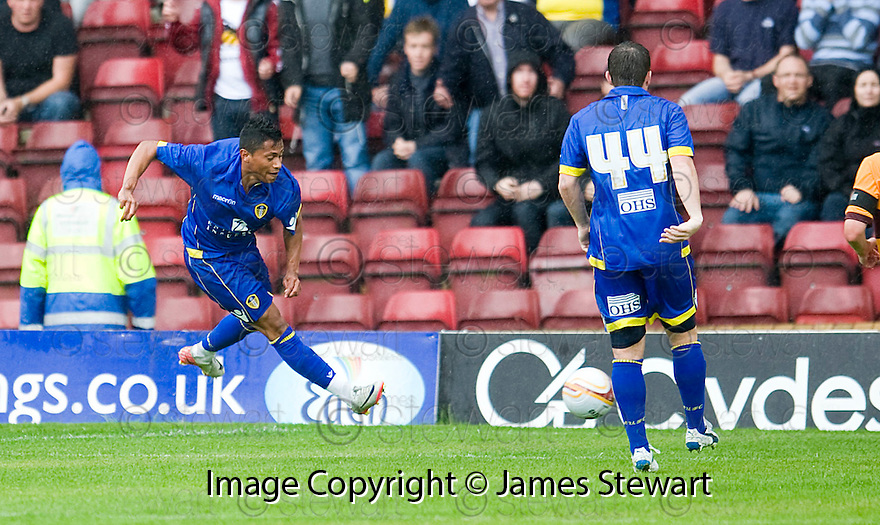 :: RAMON NUNEZ SCORES LEEDS SECOND ::