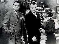 (L to R) Edward Woods,<br /> James Cagney,<br /> Beryl Mercer in <br /> THE PUBLIC ENNEMY