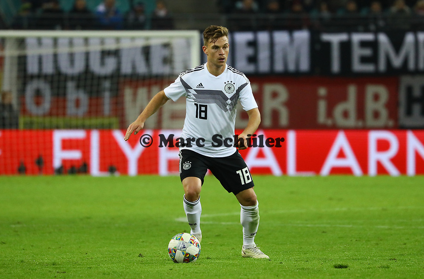 Joshua Kimmich (Deutschland, Germany) - 15.11.2018: Deutschland vs. Russland, Red Bull Arena Leipzig, Freundschaftsspiel DISCLAIMER: DFB regulations prohibit any use of photographs as image sequences and/or quasi-video.