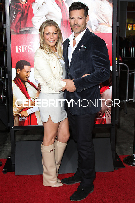 """HOLLYWOOD, CA - NOVEMBER 05: Singer LeAnn Rimes and actor Eddie Cibrian arrive at the World Premiere of Universal Pictures' """"The Best Man Holiday"""" held at the TCL Chinese Theatre on November 5, 2013 in Hollywood, Los Angeles, California. (Photo by David Acosta/Celebrity Monitor)"""