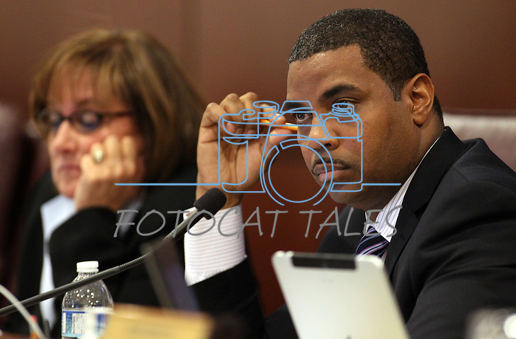 Nevada Senate Majority Leader Steven Horsford, D-North Las Vegas, works in committee on Tuesday morning, May 10, 2011, at the Legislature in Carson City, Nev..Photo by Cathleen Allison