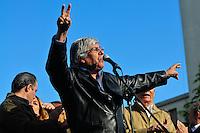 ATENCAO EDITOR FOTO EMBARGADA PARA VEICUO INTERNACIONAL - BUENOS AIRES, ARGENTINA, 25 DE SETEMBRO 2012 - Hugo Moyano Durante a 39 º aniversário do assassinato de José Rucci, então secretário-geral da CGT (Confederação dos Sindicatos da Argentina), uma manifestação foi realizada em frente aos Tribunais Federais de Justiça ocorreu para exigir justiça. Rucci demanda da família do crime, um crime político, para ser considerado um crime contra a humanidade. FOTO: PATRICIO MURPHY - BRAZIL PHOTO PRESS.