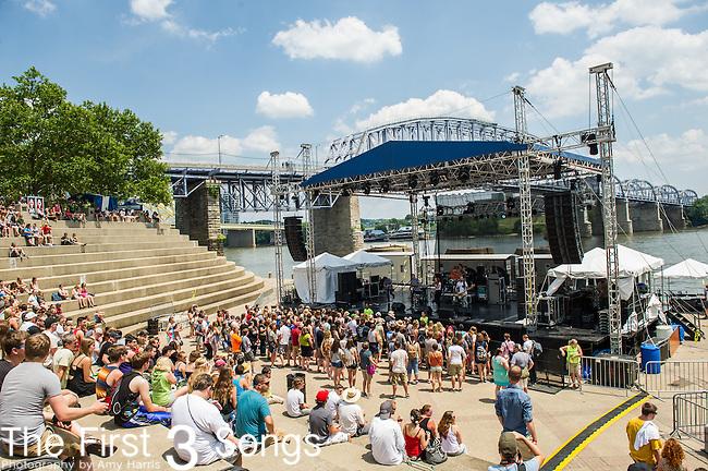 Royal Teeth performs at the 2014 Bunbury Music Festival in Cincinnati, Ohio