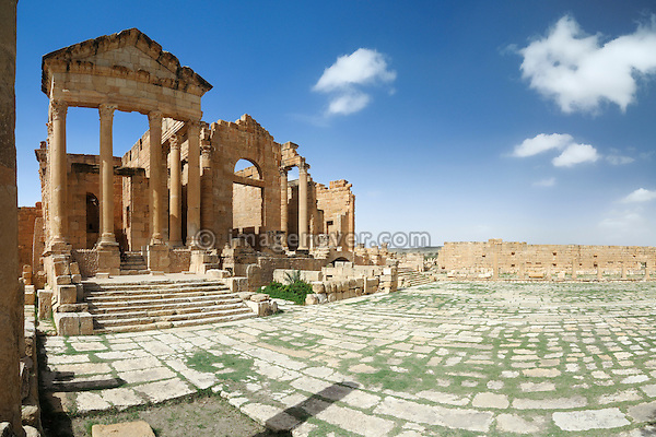 Africa, Tunisia, Sbeitla. Roman ruins of Sufetula. --- No releases available, but releases may not be needed for certain uses.