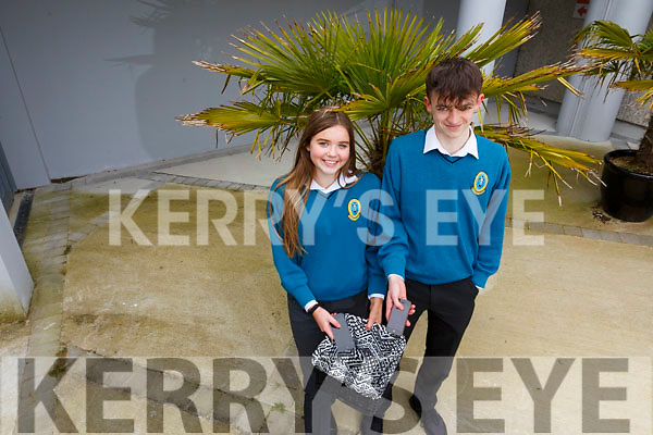 Mercy Mounthawk students Louie Byrne and Ellen Linnehan are dumping their phones for a week, during Family Week which is running for the week in the school.