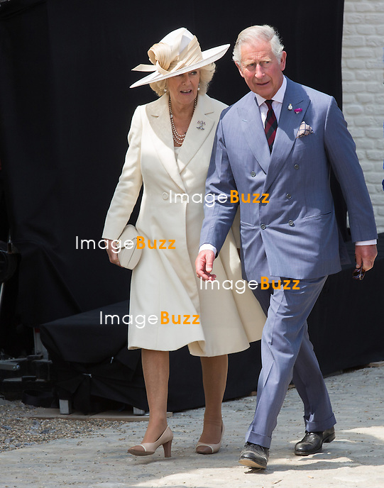 Prince Charles of Wales, Camilla, The Duchess of Cornwall : Le prince Charles et son &eacute;pouse Camilla et la Princesse Astrid de Belgique, le Prince Guillaume de Luxembourg et St&eacute;phanie de Luxembourg assistent &agrave; la r&eacute;ouverture de la ferme d'Hougoumont, &agrave; Braine-l'Alleud (Brabant wallon), dans le cadre des festivit&eacute;s du bicentenaire de la Bataille de Waterloo.<br /> Malgr&eacute; plusieurs attaques, Napol&eacute;on n'est pas parvenu &agrave; franchir les murs du jardin qui entouraient le b&acirc;timent. <br /> Belgique, Braine-l'Alleud, 17 juin 2015.<br />  The Prince Charles of Wales and Camilla, The Duchess of Cornwall, Princess Astrid of Belgium, Prince Guillaume of Luxembourg and Countess Stephanie de Lannoy attend the opening of Hougoumont Farm in Belgium.<br /> Belgium, Braine-l'Alleud, 17 June, 2015.