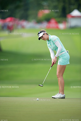 Sandra Gal (GER),.MARCH 3, 2013 - Golf :.Sandra Gal of Germany puts during the final round of the the HSBC Women's Champions golf tournament at Sentosa Golf Club in Singapore. (Photo by Haruhiko Otsuka/AFLO)